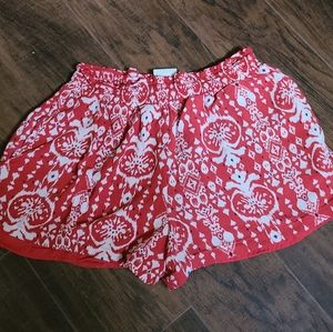 Flowy Knox Rose red white and blue short